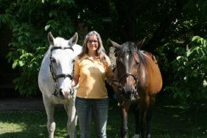 Corinna Jungblut - Pohl steht für kompaktes Reiterwissen